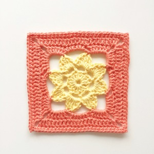 Easy Peasy Flower Square
