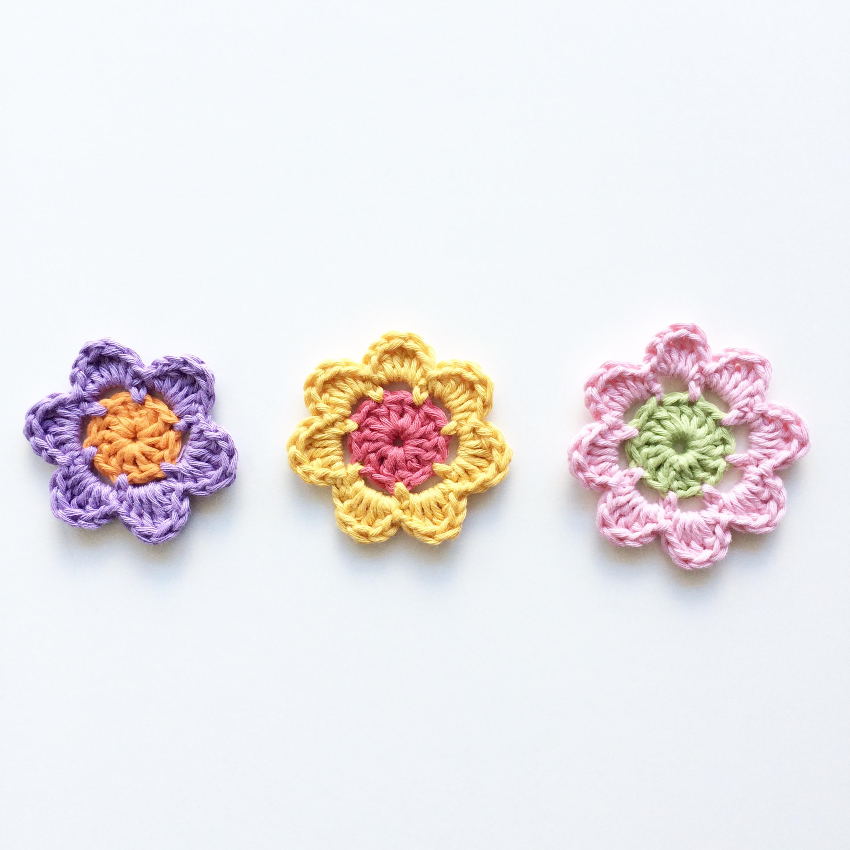 Customising your Easy Peasy Flowers | knitpurlhook